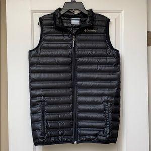NWOT Columbia Boys puffer vest